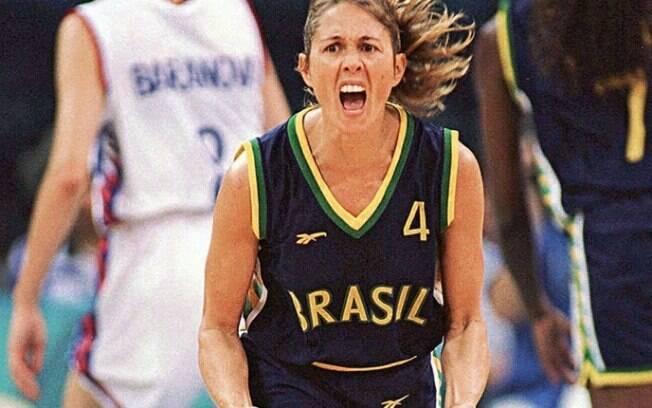 Hortência fez 3.160 pontos em 127 jogos pela seleção brasileira