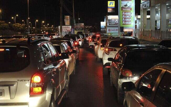 Postos de combustíveis tiveram grandes filas durante a greve dos caminhoneiros