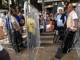 Catracas reforçam segurança no evento Savassi Cultural