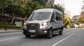 Ford lança nova Transit no Brasil em três versões; saiba mais detalhes