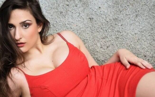 Dalila Nóbrega é o grande destaque à frente do IGTV do SBT