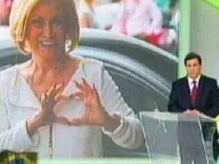 Em papo com Carlos Nascimento, Hebe criticou a RedeTV! na noite dessa quarta (22), no SBT