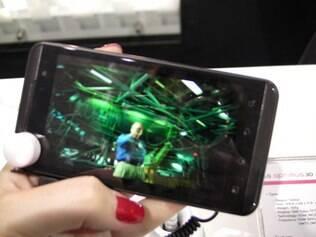 Optimus 3D, smartphone da LG lançado em fevereiro, chega ao Brasil em setembro