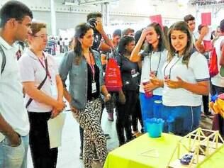 Exposição.  Projetos foram apresentados, e alunos foram premiados