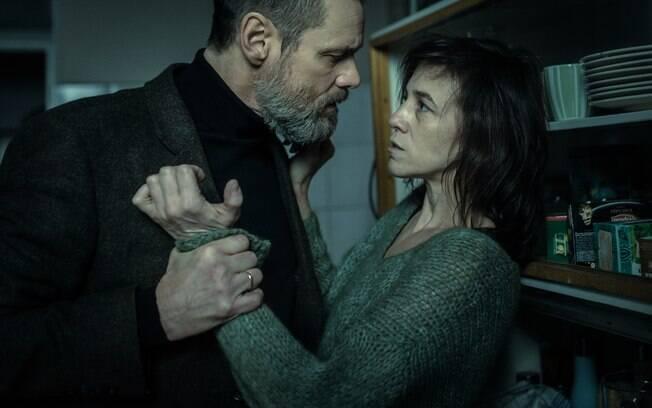 Cena de Crimes Obscuros, que estreia nesta quinta-feira (28) nos cinemas brasileiros