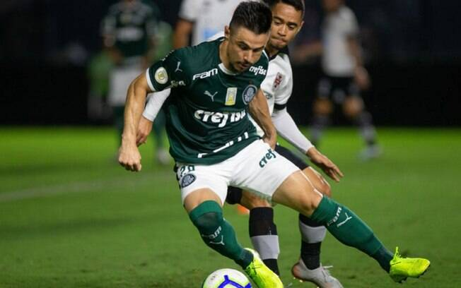 Vasco x Palmeiras: prováveis times, onde ver, desfalques e palpites