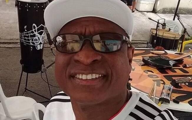 Carro do músico Evaldo dos Santos Rosa foi confundido com veículo de bandidos. Militares atiraram 80 vezes. Ele morreu no mesmo local que motorista de uber foi atingida.