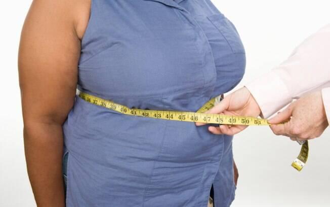 Procure não engordar. A obesidade causa gordura no fígado, condição que recebe o nome de esteatose hepática. Foto: Thinkstock/Getty Images