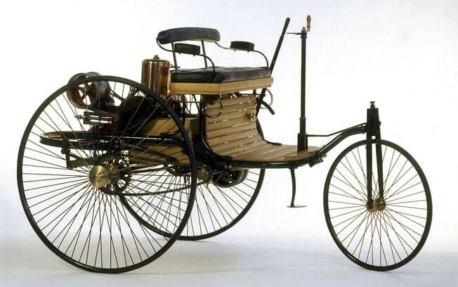 Mercedes-Benz Patent-Motorwagen 1885: O primeiro carro do mundo, dispensando observações, foi uma revolução