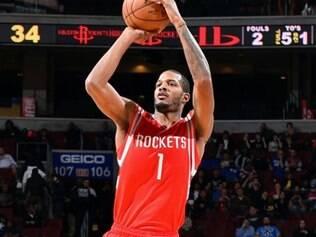 O ala Trevor Ariza marcou 24 pontos para os Rockets, no jogo contra o Philadelphia 76ers