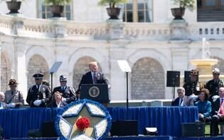 """Trump ignora Congresso e decide vender armas a aliados árabes """"para deter Irã"""""""