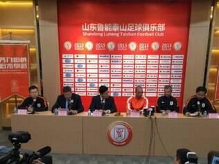 Carlinhos Neves e Diego Tardelli foram apresentados pelo Shandong Luneng, da China