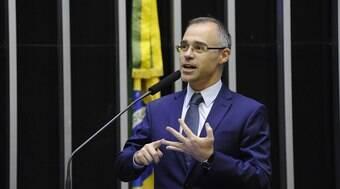 PF tem autonomia, mas não soberania, diz ministro