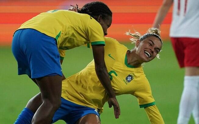 Em amistoso, Brasil vence a Polônia por 3 a 1
