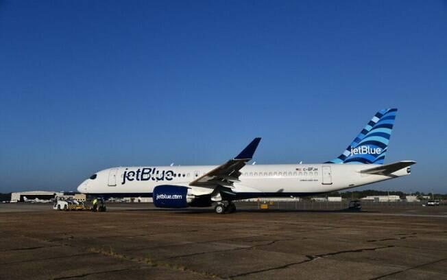 JetBlue apresenta a cabine de seu novo jato A220