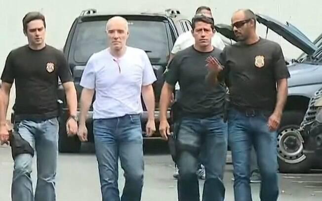Eike Batista foi levado para depor na superintendência da Polícia Federal, na zona portuária do Rio de Janeiro