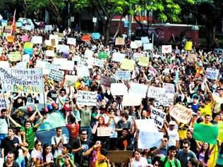 Demandas. Cientistas políticos afirmam que protestos de junho do ano passado mostram que população pede serviços de mais qualidade