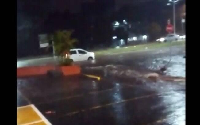 Após chuvas, Campinas tem alagamentos em diversos pontos