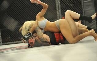 MMA de mulheres usando apenas lingerie chega ao Brasil; confira fotos