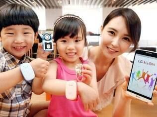 Pais podem acompanhar os passos dos filhos acessando de um tablet ou smartphone.