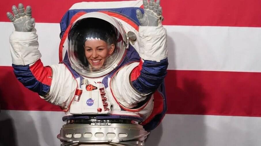 Roupas espaciais são entrave para próxima missão