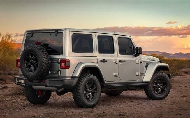 Jeep Wrangler Moab procura investir nos toques a mais de esportividade e jovialidade, evidente pelas rodas escurecidas