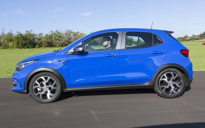 Fiat Argo HGT 1.8 mostra o potencial do novo hatch ...