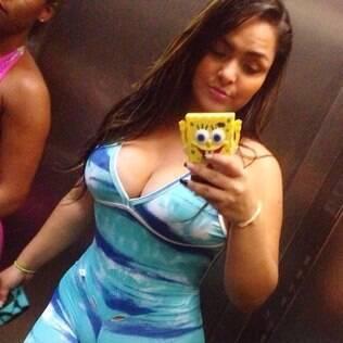 Mulher Melancia reclama no Instagram de macacão rasgado em dia de academia
