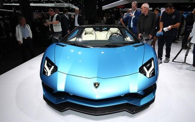 Lamborghini Aventador S Roadster; o conversível mais rápido e potente que a marca italiana já fabricou