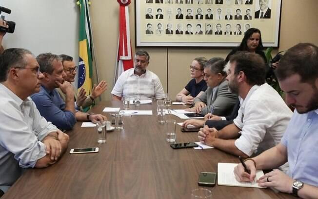 Cúpulas de PT, PSB e PSOL se reuniram para formar um bloco de oposição