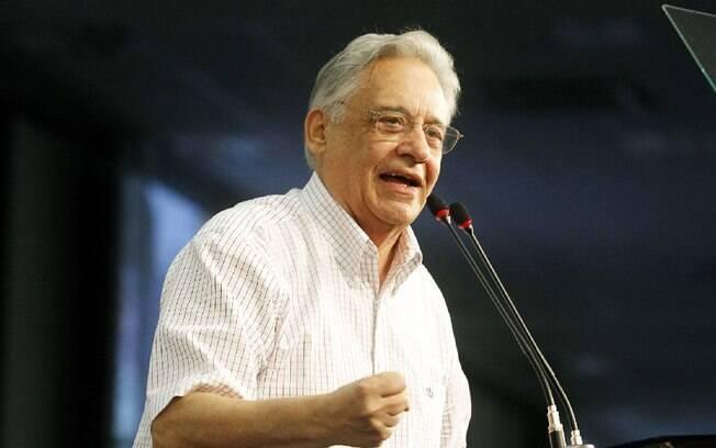 Ex-presidente FHC diz que vai esperar ações antes de criticar o governo Bolsonaro