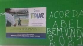 Muros do Palmeiras são pichados