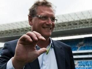 Jérôme Valcke fez a última inspeção no local que vai receber quatro jogos da Copa do Mundo