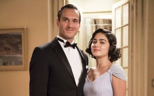 Felício (Paulo Rocha) e Isabel (Giulia Buscacio)