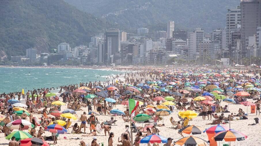 Praia lotou no Rio de Janeiro nesse sábado (4) e também neste domingo (5)