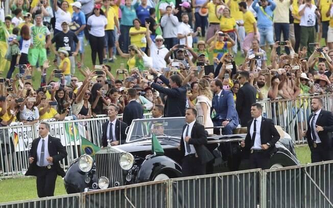 Governo Bolsonaro é um dos principais motivos do otimismo dos brasileiros com a economia
