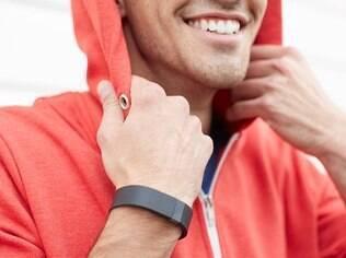 FitBit tem 50% do mercado de pulseiras inteligentes nos primeiros meses deste ano