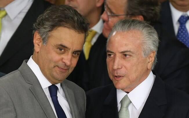 Senador afastado Aécio Neves e presidente Michel Temer são investigados após delação de executivos da JBS