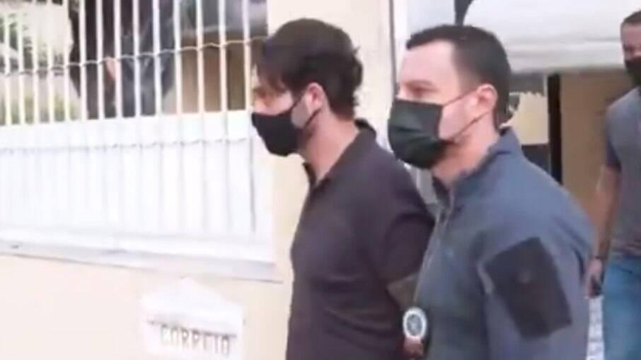 Jairinho divide cela com outro cinco detentos em Bangu 8