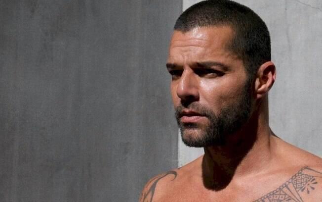 Ricky Martin afirma que não fez procedimento estético no rosto