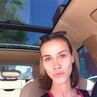 Renata Kuerten posa sem maquiagem