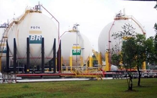 Refinaria da Petrobras em Duque de Caxias, a Reduc: quadrilha desviava combustíveis na Baixada Fluminense