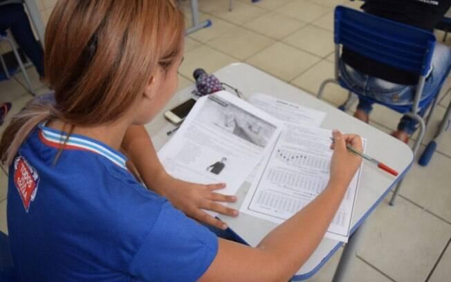 Aulas do curso preparatório para o Enem ocorrem entre março e outubro; mensalidade cobrada pelo Sesc é de R$ 20