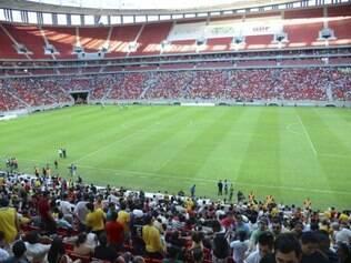 Os times Brasília e Brasiliense se enfrentam pela final do Candangão no recém inaugurado Estadio Nacional de Brasília Mané Garrincha