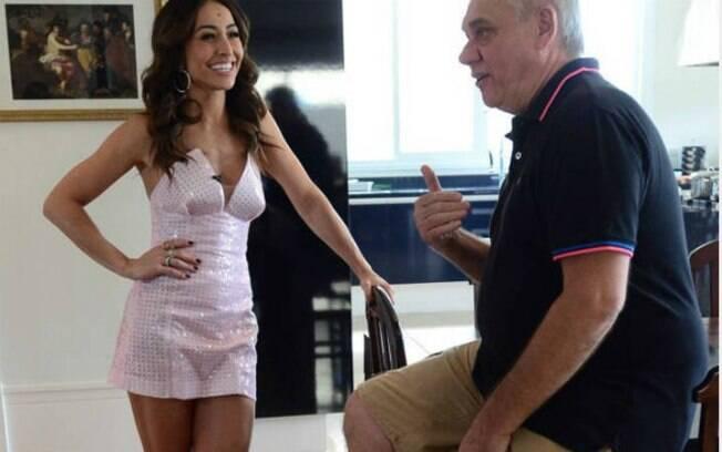 Sabrina Sato visita Marcelo Rezende