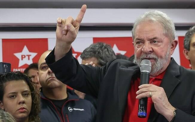 Mesmo condenado em primeira instância, ex-presidente Lula ainda poderá disputar a eleição no ano que vem