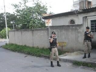 Militares esperaram por cinco horas a chegada do rabecão