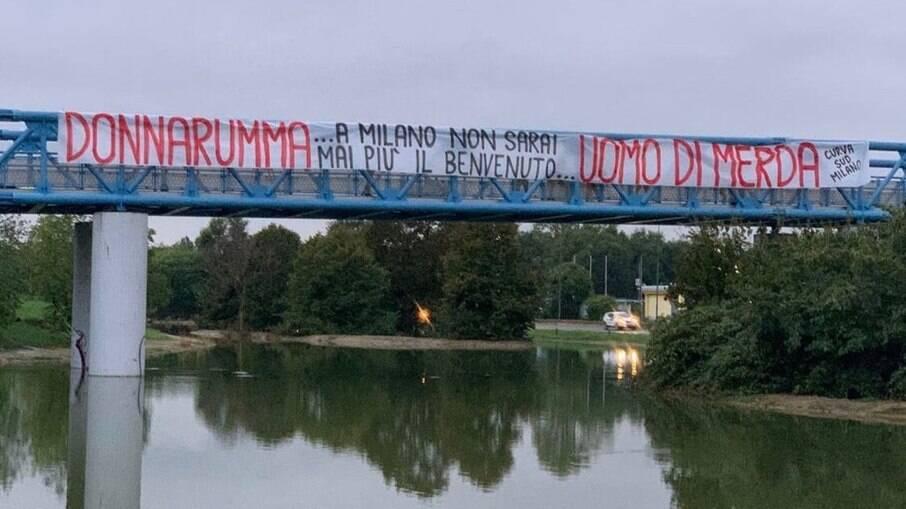 I tifosi del Milan lottano contro il Tolarumma
