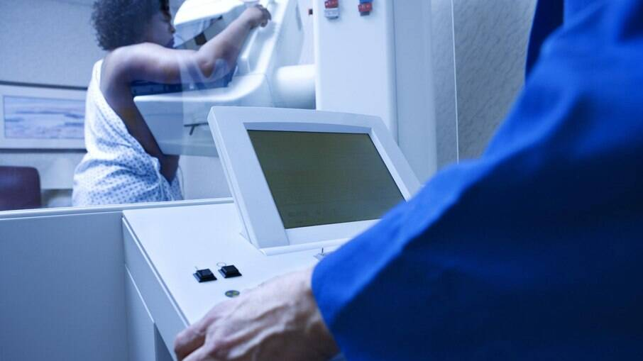 A mamografia é um exame fundamental para o diagnóstico precoce do câncer de mama