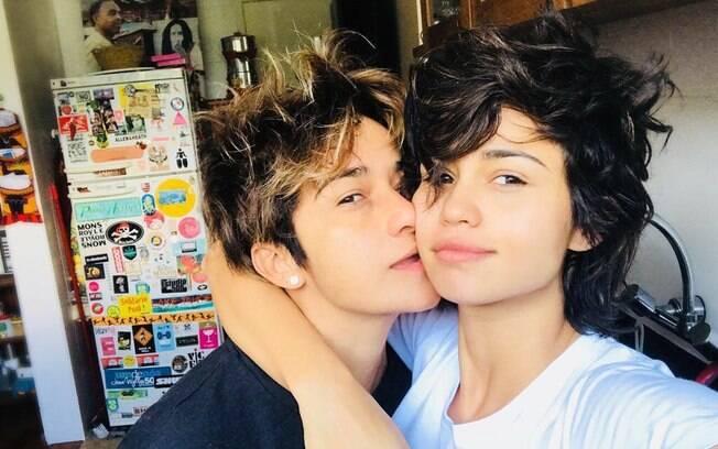 Nanda Costa e Lan Lanh abrem o coração e relembram momentos do primeiro encontro e primeiro beijo